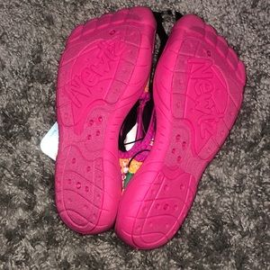 newtz Shoes - Brand New water shoes